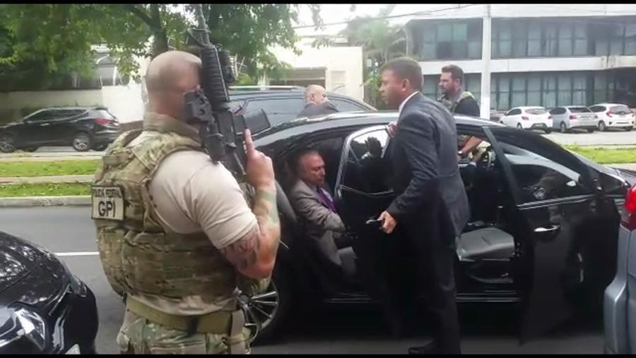 Momento da prisão do ex-presidente Michel Temer (MDB) em São Paulo - Reprodução/TV Globo