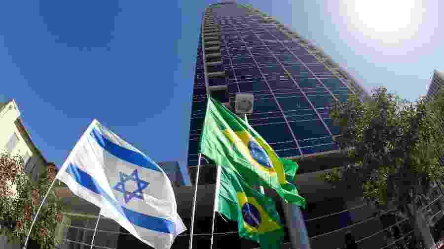 Prédio em que está instalada a embaixada brasileira em Tel Aviv, em Israel -  JACK GUEZ / AFP