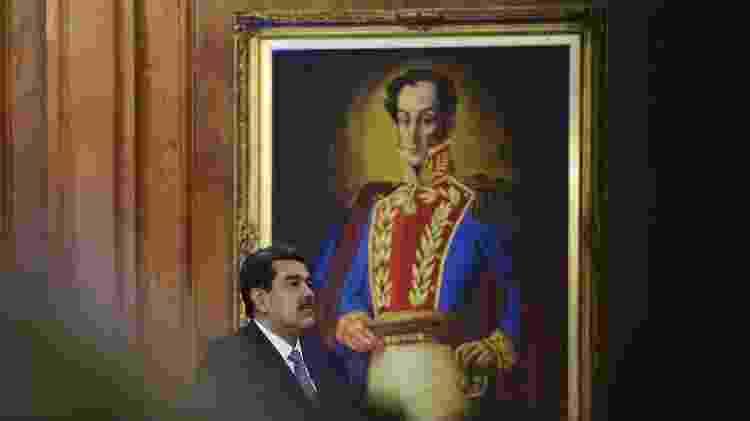 Nicolás Maduro, assim como Chávez fez em seus dias, governou sob a figura de Bolívar - AFP - AFP