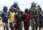 Opinião: Trump quer cortar ajuda humanitária, que salva vidas e evita crises (Foto: Efe)