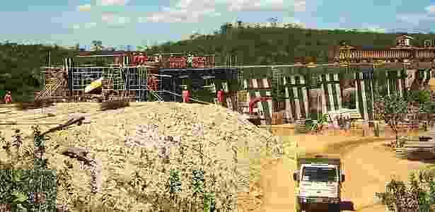O lote 7 da Ferrovia de Integração Oeste Leste, entre Ilhéus e Barreiras, está parado; e o lote 5 segue em ritmo lento - Divulgação/Valec