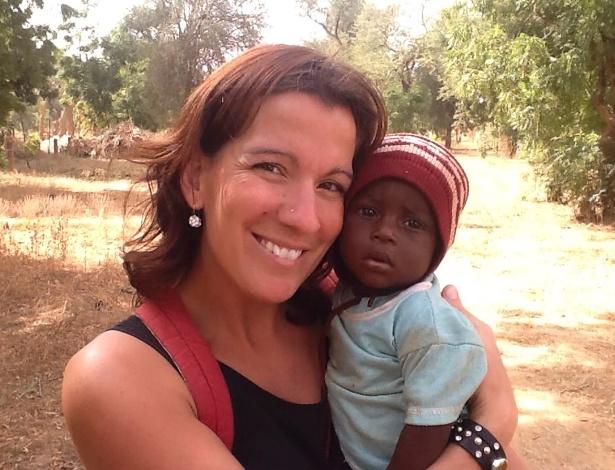 Vítima do atentado em Burkina Fasso, a professora canadense Maude Carrier, 37, era membro de uma missão de ajuda que atendia escolas no país africano