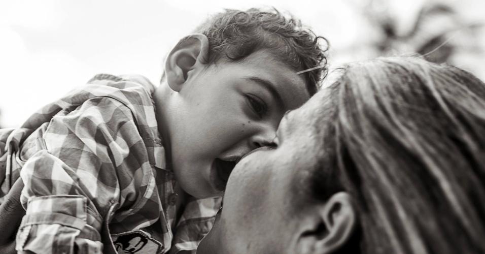 """30.jun.2016 - """"A microcefalia """"pegou de surpresa"""" centenas de famílias, especialmente aqui em Pernambuco. E dentre as diversas dificuldades que principalmente as mães passam estão o preconceito, o """"olhar torto"""", as reações negativas e por aí vai"""", diz Joelson"""