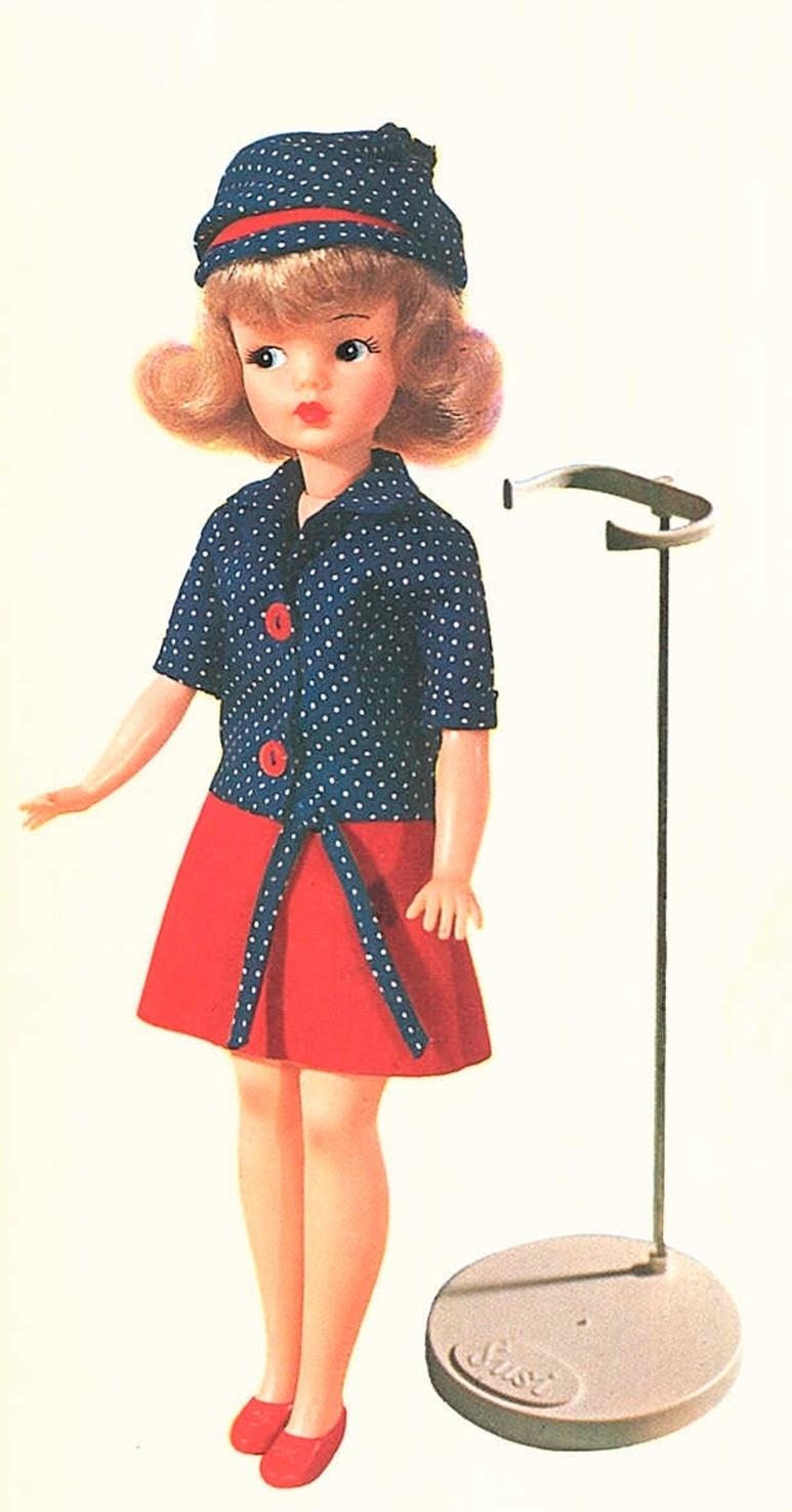 Nos anos de 1960, Estrela lança a boneca Susi