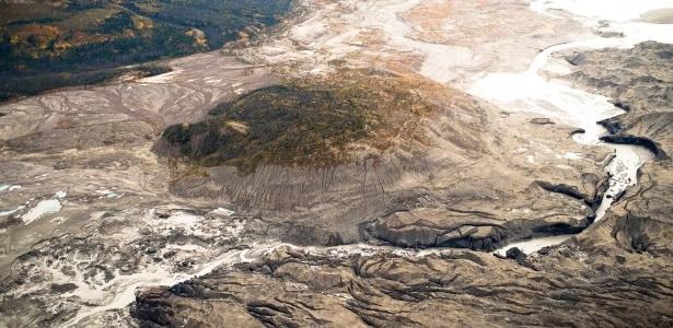Kaskawulsh é uma das maiores geleiras do rio Yukón no Canadá