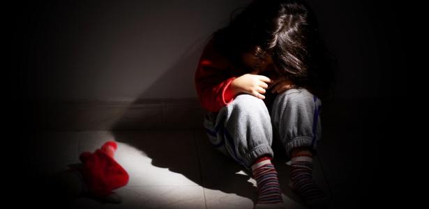 """""""Muitas das vítimas levarão marcas profundas para a vida adulta e precisarão de apoio para superar o problema"""", diz especialista - Getty Images/iStockphoto"""