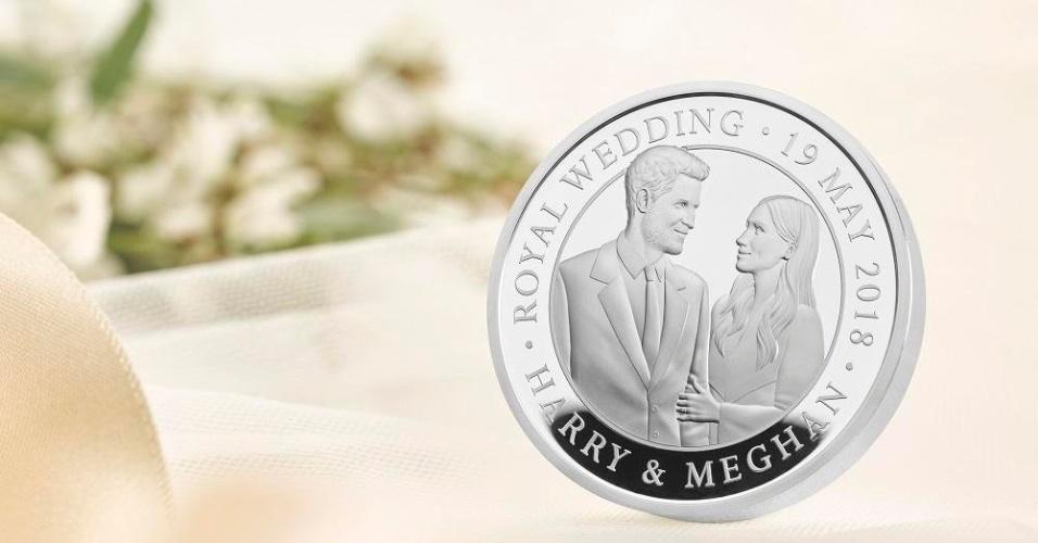 Reino Unido lança moeda comemorativa celebrando o casamento do Príncipe Harry