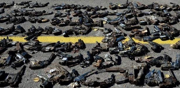 Armas apreendidas pelo Exército no Rio - Tânia Rêgo/Agência Brasil Rio de Janeiro