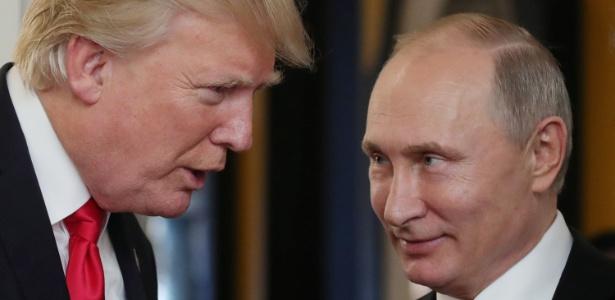 Imagem de novembro de 2017, quando Trump e Putin se encontraram em encontro de líderes da Ásia e do Pacífico. - Mikhail KLIMENTYEV /  SPUTNIK