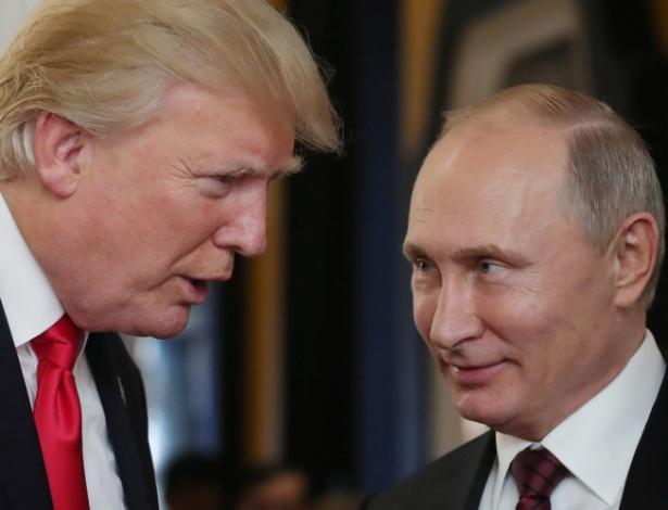 Em novembro de 2017, Trump e Putin se encontraram em encontro de líderes da Ásia e do Pacífico - Mikhail KLIMENTYEV /  SPUTNIK