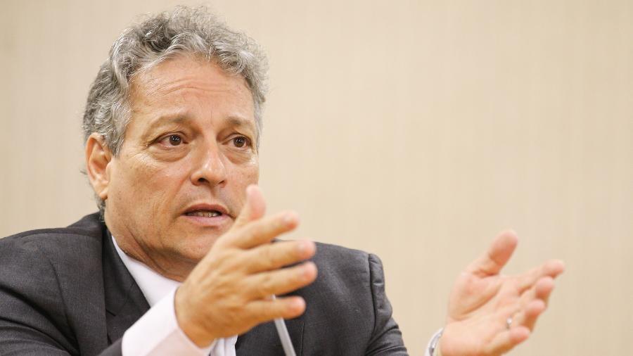 """17.ago.2018 - João Vicente Goulart disse que o veto do presidente é """"até um elogio"""" - Sergio Lima/Folhapress"""