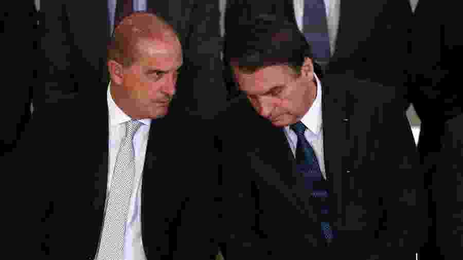 11.abr.2019 - Onyx Lorenzoni e Jair Bolsonaro durante solenidade alusiva aos 100 Dias de Governo do presidente Jair Bolsonaro, realizada no Palácio do Planalto, em Brasília  - Fátima Meira/Futura Press/Estadão Conteúdo