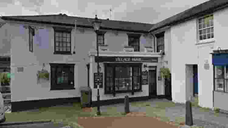O Village Home pub em Alverstoke espera reabrir, mas a decisão dependerá de autoridades - Google - Google