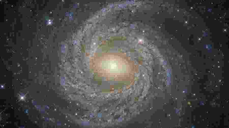 Matéria escura envolve um dos grandes mistérios sobre o Universo - ESA/Hubble & Nasa