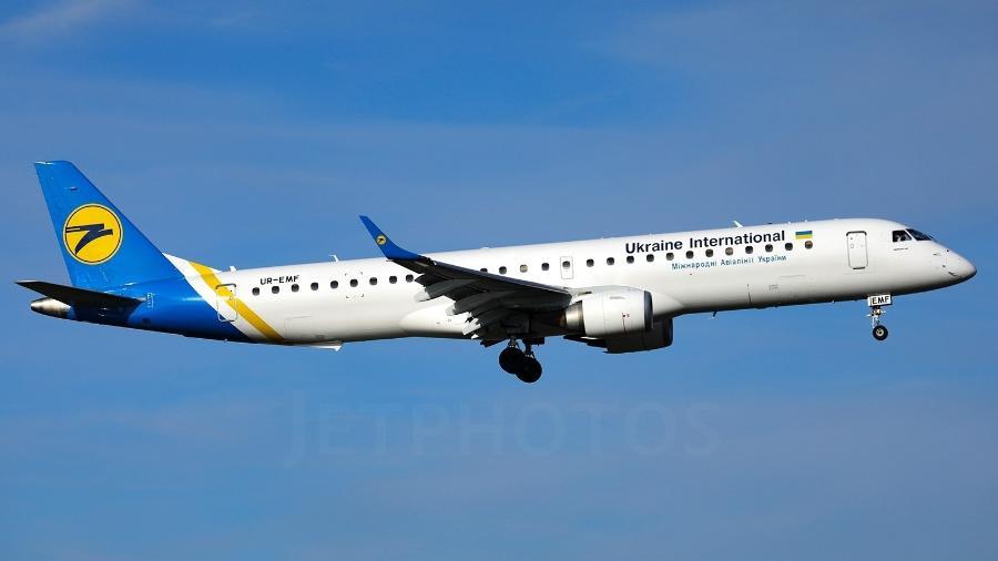 Embraer E195 fará voo panorâmico sobre Chernobyl pela Ukraine International Airlines - Divulgação