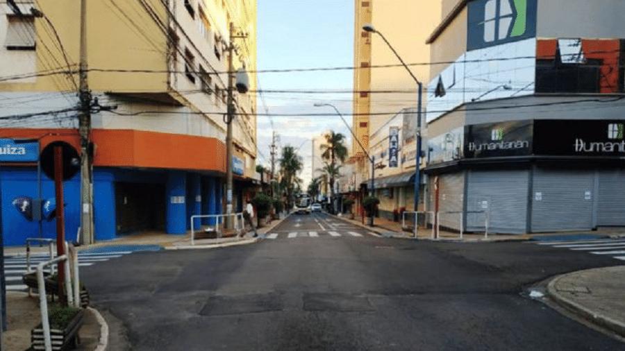 Lockdown decretado pela prefeitura de Araraquara chegou a parar inclusive transporte público e supermercados - Divulgação/Prefeitura de Araraquara