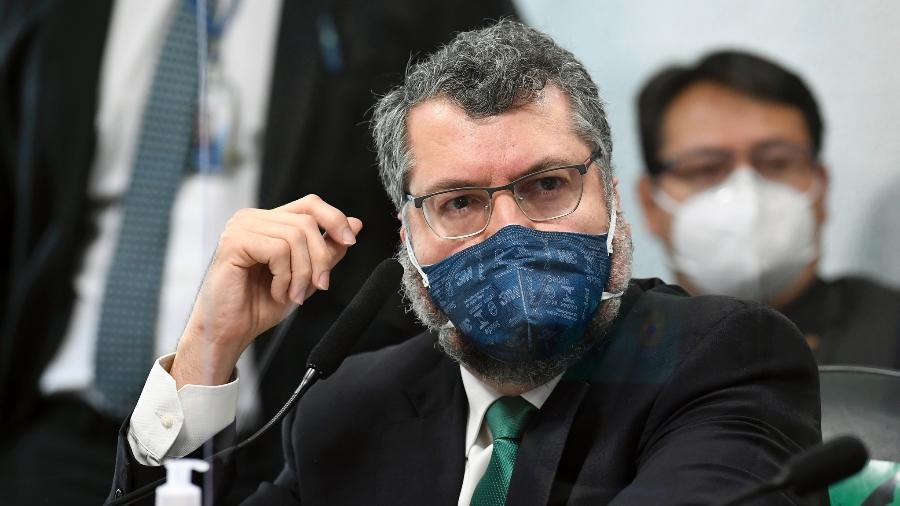 Ex-ministro das Relações Exteriores Ernesto Araújo presta depoimento à CPI da Covid - Jefferson Rudy/Agência Senado