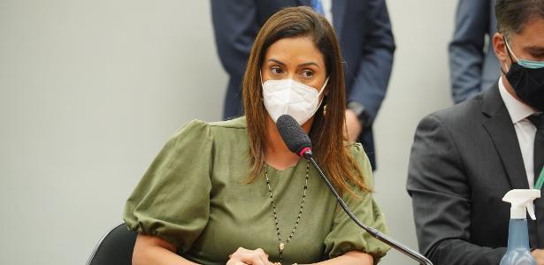 Na comissão dos precatórios, Flávia Arruda agradece por votação da PEC