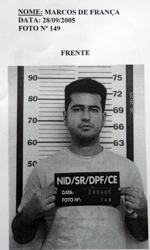 Reprodução da foto de Marcos de França, um dos cinco homens presos em 2005 pela Polícia Federal com uma parte do dinheiro roubado do Banco Central, na unidade de Fortaleza (CE). O assalto aconteceu em agosto daquele ano, por meio de um túnel, por onde a quadrilha levou mais de R$ 160 milhões