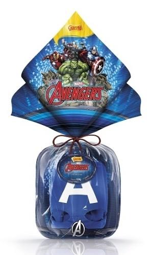 """Os heróis continuam entre as apostas das marcas de chocolate para atrair as crianças na Páscoa. O ovo de Páscoa Avengers, da Garoto, com 120g, vem com máscara de um dos personagens do filme """"Os Vingadores"""" (Homem de Ferro, Thor, Hulk ou Capitão América). O preço não foi divulgado"""