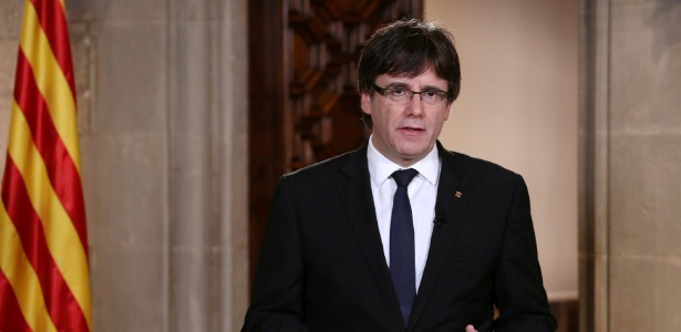 O presidente da Catalunha Carles Puigdemont voltou a afirmar nesta quarta-feira (4) que irá declarar independência da região