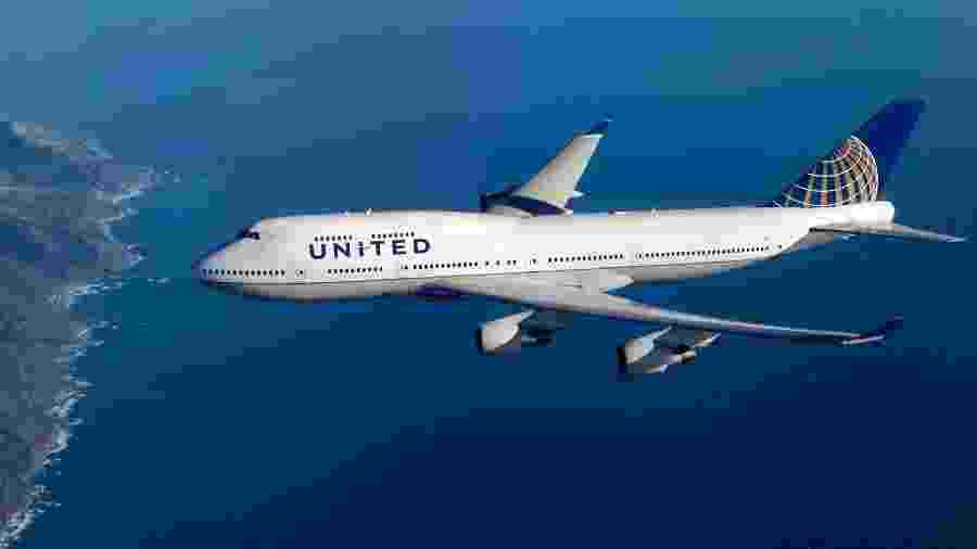 Boeing 747 da United Airlines; companhia exige que passageiros preencham formulário sobre saúde - Divulgação