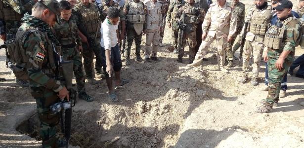 Valas foram encontradas pelas forças iraquianas na antiga base militar de Al Bakara