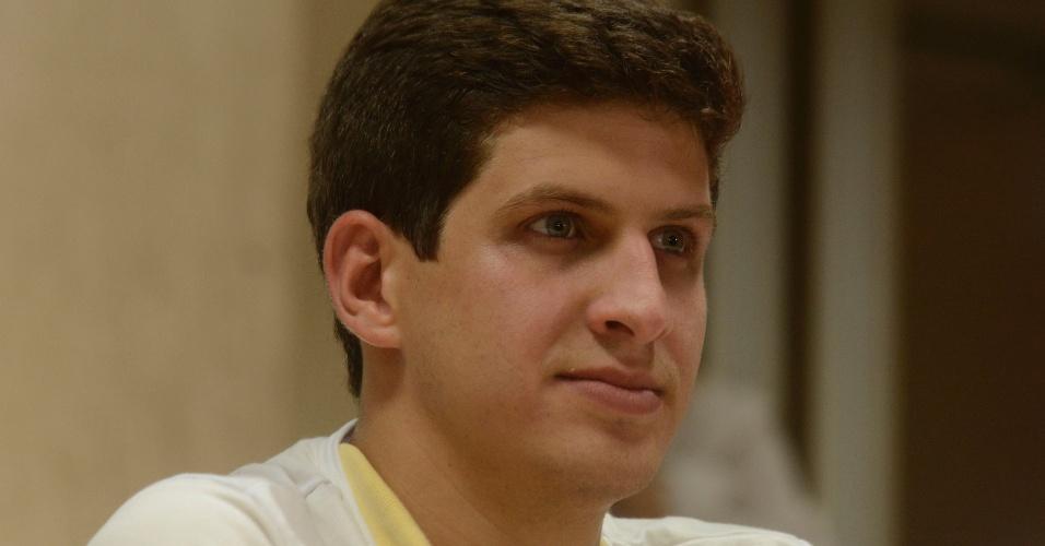 João Campos, filho de Eduardo Campos, eleito deputado federal, durante entrevista coletiva em hotel na zona sul de Recife