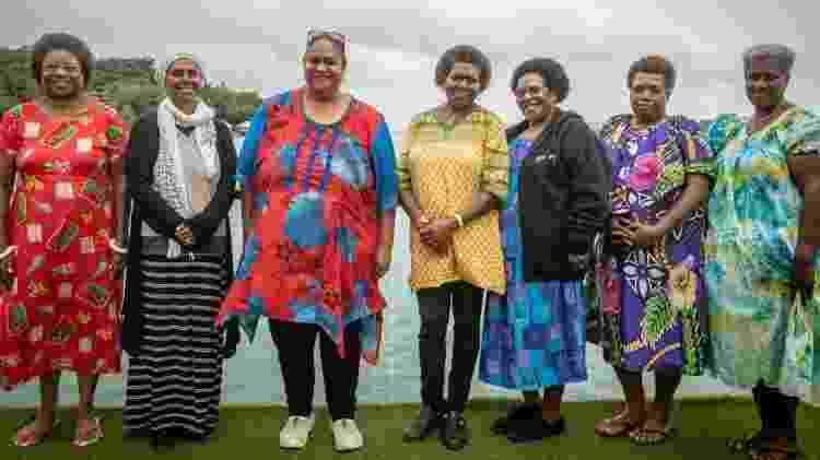 Políticas de Vanuatu criaram seu próprio partido político, com Hilda Lini (à esquerda) como sua principal candidata - Chris Morgan/BBC