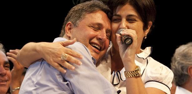 Ex-governadores   Anthony e Rosinha Garotinho são presos no Rio de Janeiro