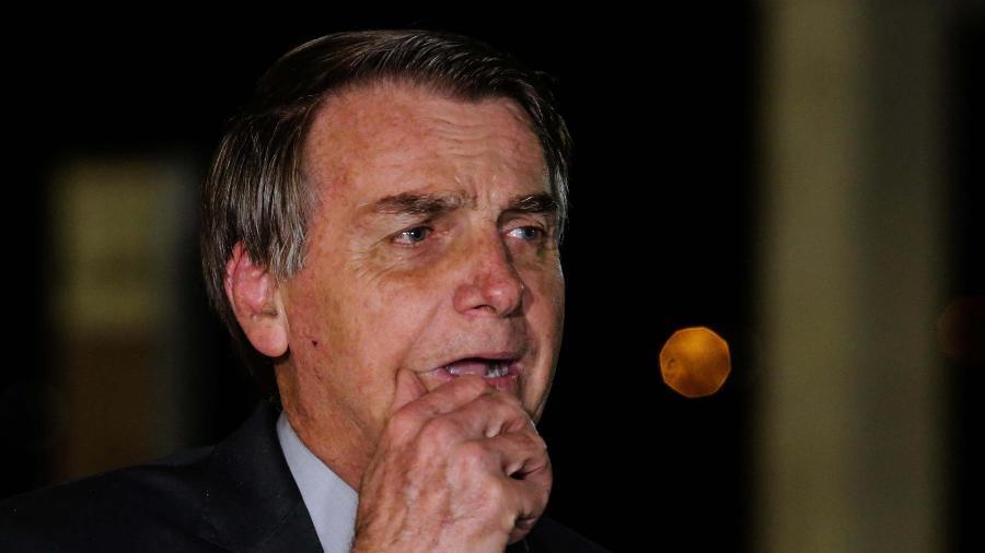 O presidente Jair Bolsonaro durante entrevista coletiva em frente ao Palácio do Planalto - Wallace Martins / Estadão Conteúdo