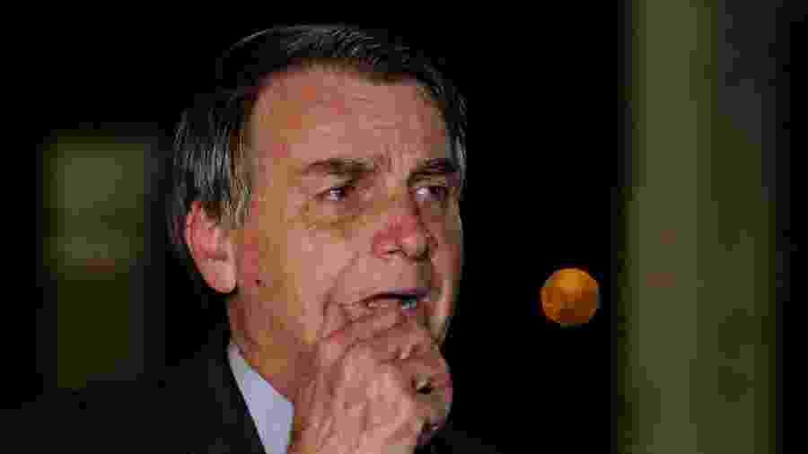2.jun.2020 - O presidente Jair Bolsonaro durante entrevista coletiva em frente ao Palácio do Planalto - Wallace Martins / Estadão Conteúdo