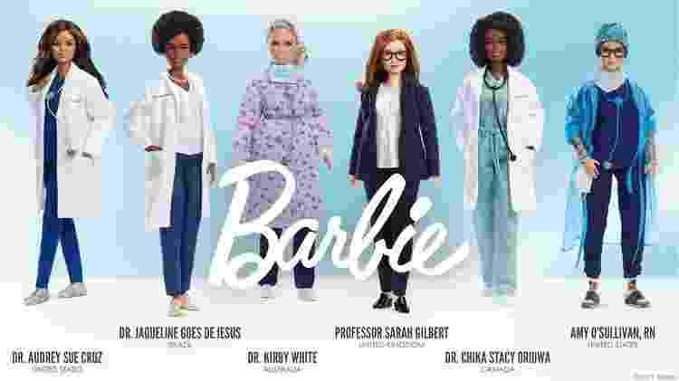 Jaqueline Góes de Jesus (segunda da esq. à dir) foi homenageada com Barbie cientista - MATTEL - MATTEL