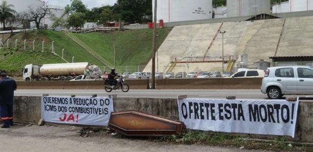Paralisação atinge 100% dos tanqueiros em Minas Gerais