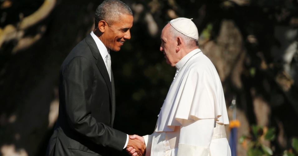 23.set.2015 - O presidente dos Estados Unidos, Barack Obama, recebe o papa Francisco na Casa Branca, em Washington. Durante a sua visita ao país, o pontífice deve discutir com Obama temas como imigração, embargo econômico de Cuba e aquecimento global