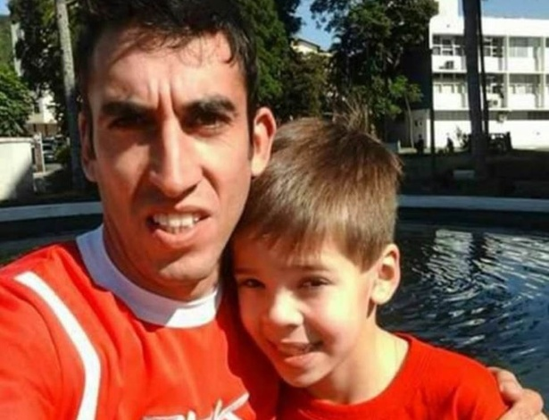 Fernano Sierra foi buscar Felipe na escola na quinta-feira; no sábado, os dois foram encontrados sem vida a 150 km de Montevidéu, capital do país