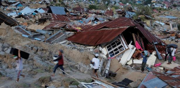 Indonésia diz que ainda há centenas de vítimas soterradas após terremoto e  tsunami c1737816075e2