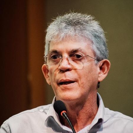 Ricardo Coutinho é denunciado pela 5ª vez por desvio de R$ 20 mi na saúde da PB - 05/06/2020 - UOL Notícias