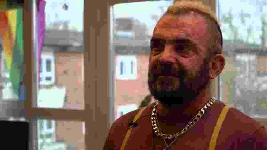 Jakeb Bradea chegou a ficar à beira da morte - BBC