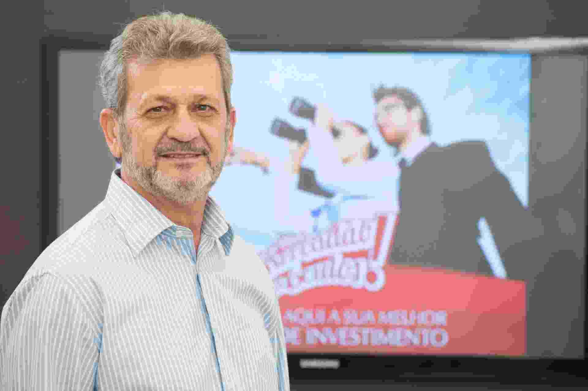 Celso Silva já foi engraxate e hoje é dono das redes Ocularium e Mercadão dos Óculos - Divulgação
