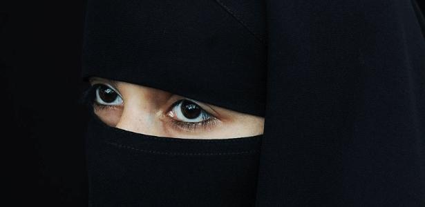Niqab, o véu que cobre a maior parte do rosto - AFP