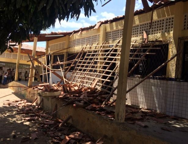 Teto da Escola Estadual Manoel Justiniano de Melo, em Mossoró (RN), que desabou e feriu seis alunos