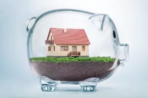 Empréstimo com juro de 1,5% é possível, mas tem de dar a casa como garantia (Foto: Getty Images/iStockphoto/Pogonici)