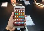 J7 Neo é o melhor celular novo com jeito de velho que você encontra hoje (Foto: Bruna Souza Cruz/UOL)