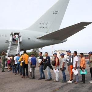 5.abr.2018 - Refugiados venezuelanos deixam Boa Vista (RR) rumo a São Paulo