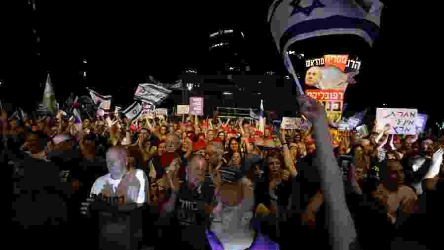 25.mai.2019 - Israelenses protestam em Tel Aviv contra o primeiro-ministro Benjamin Netanyahu - Ammar Awad/Reuters