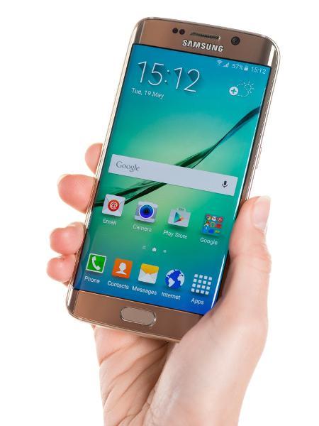 Galaxy S6 é um dos celulares que podem ligar qualquer TV com um aplicativo que ativa o emissor de infravermelho - Getty Images