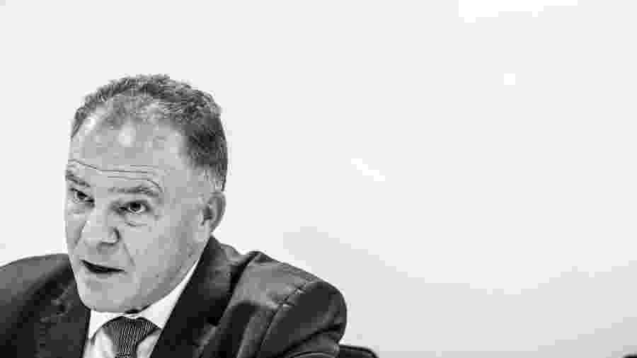 10.dez.2019 - Governador do Espírito Santo, Renato Casagrande, na redação do UOL - Lucas Lima/UOL
