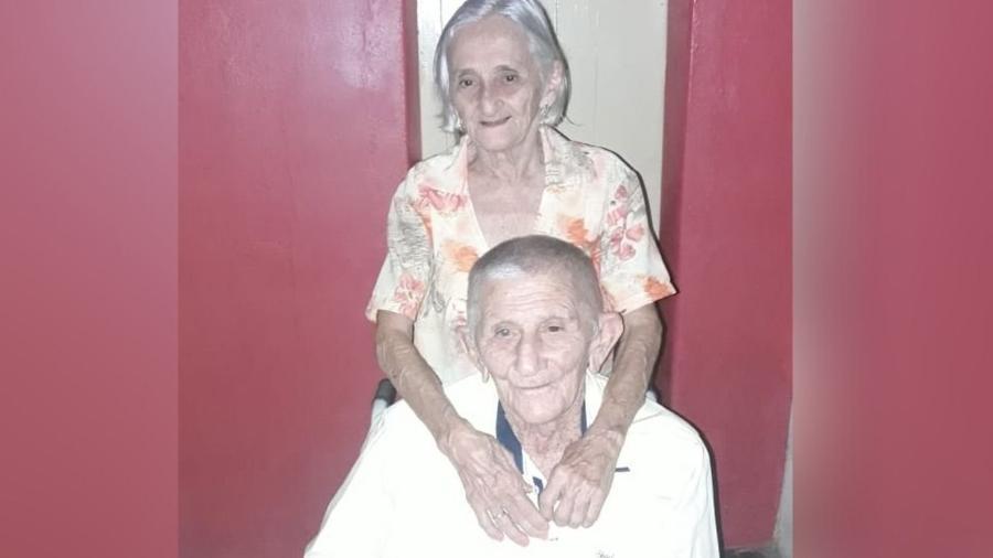 João Cipriano de Araújo, de 95 anos, e Joana Elisia de Araújo, de 86, morreram com um intervalo de sete horas - Arquivo Pessoal