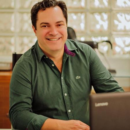 Prefeito de Ipanema, Julio Fontoura (PL), é acusado de furar a fila de vacinação da covid - Reprodução/Redes sociais